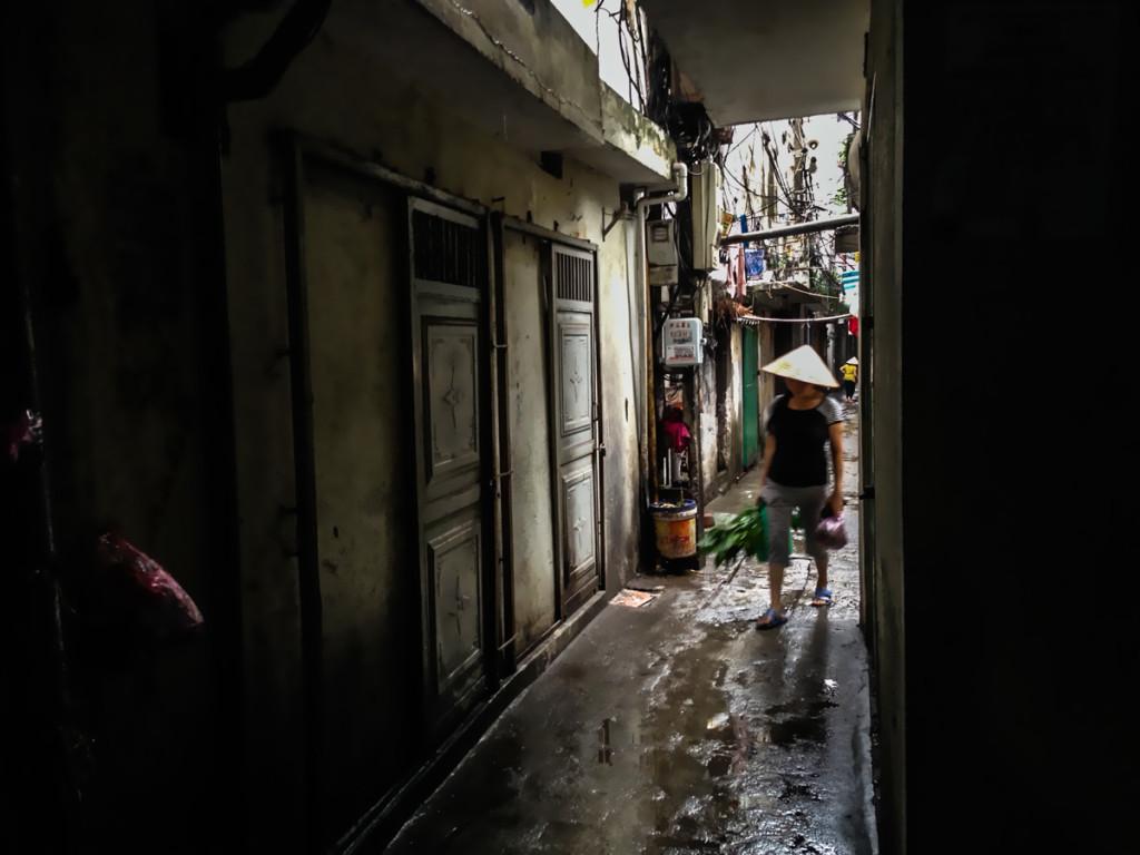 3em3-hanoi-vietnam-old-quarter